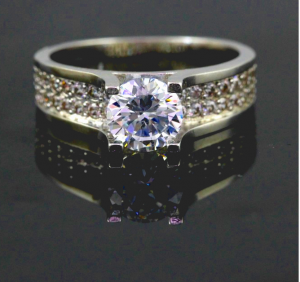 U LOVE SOL RING CZ